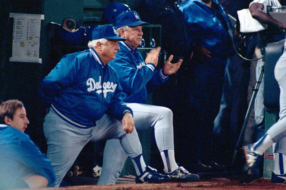 Lasorda-Tommy_Brad-Mangin-BMANGINneg276_HoFUseOnly